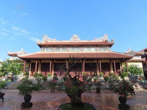 The large yarda at the pagoda- Best Hue City Tour