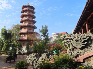 Top 4 beautiful pagodas in Hue- Best Hue City Tour Travel