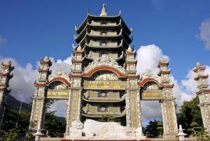 Linh Ung Pagoda Da Nang- Best Hue City Tour Travel